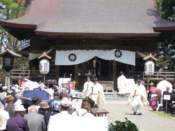 27年4月29日青森縣護國神社、献燈みたま祭り02