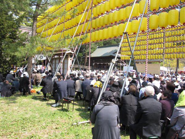 27年4月29日青森縣護國神社、献燈みたま祭り04
